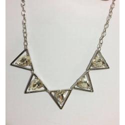 Ketting driehoek met diamant